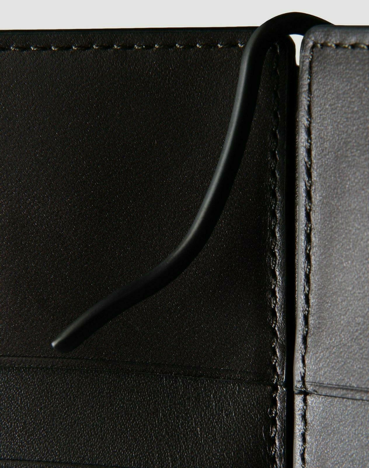Chassis Clip Billfold. New w/Box Black