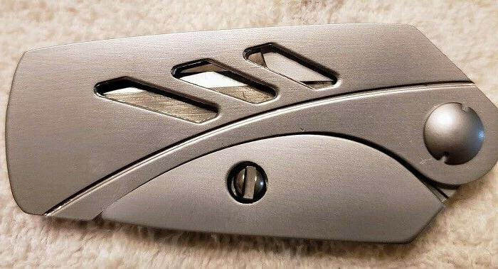 new folding razorknife moneyclip all stainless construction