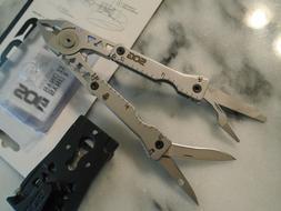 SOG Sync I Multitool Belt Buckle Money Clip Pack Knife 11 To